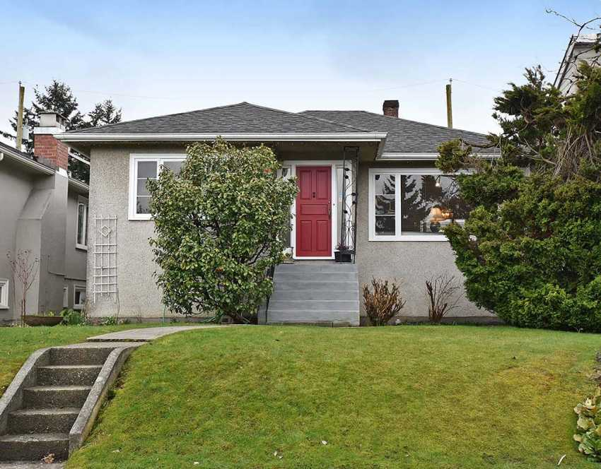 1322 East 34th Avenue, Vancouver, British Columbia    - Photo 1 - RP6058896405
